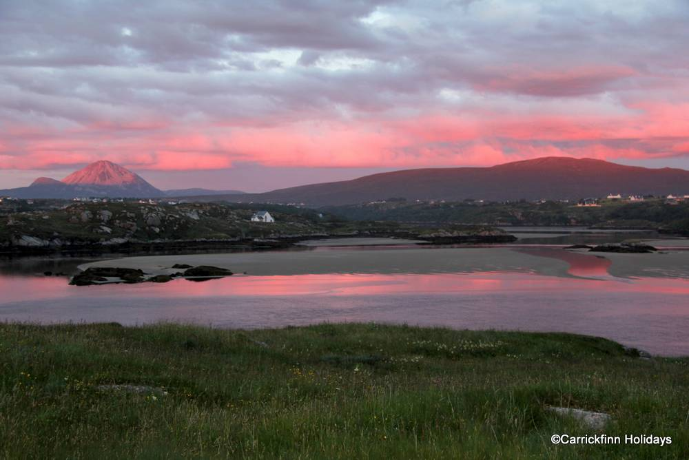 Sunset colour reflecting on the water - taken from Dún Masc